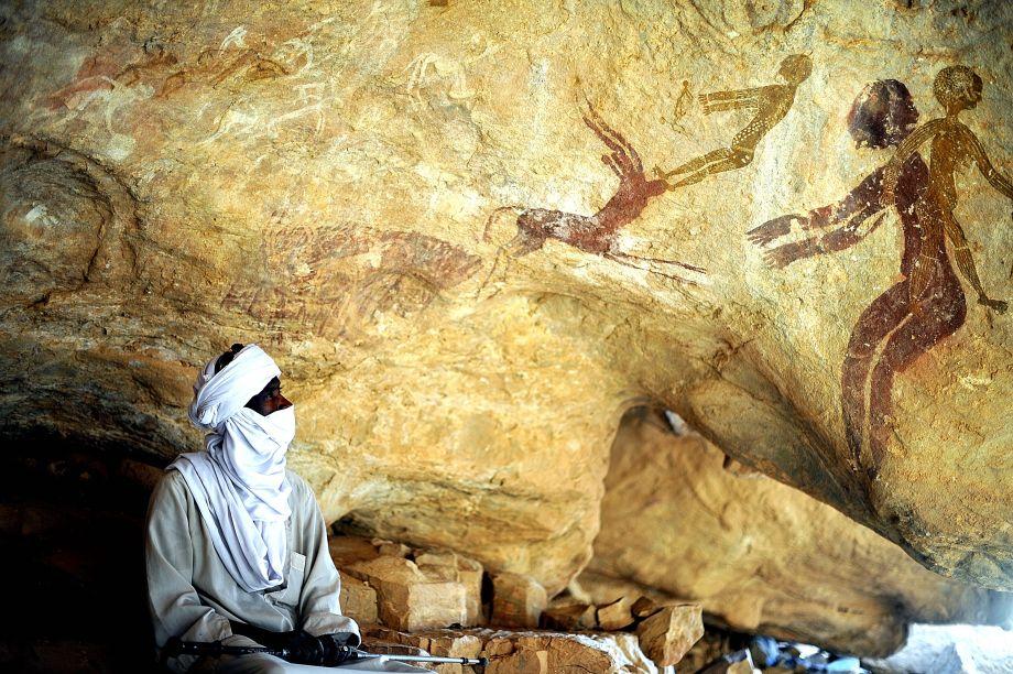 24 Peintures rupestres de huit mille ans