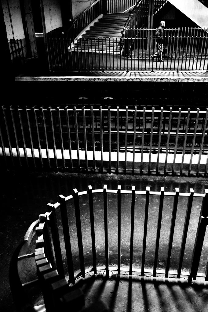 9 Escalier du métro Saint-Michel