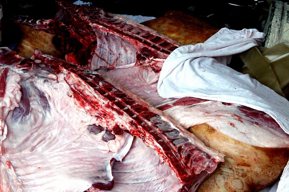 64 Nature morte, le quartier de viande